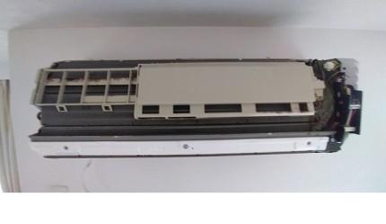 P210054A